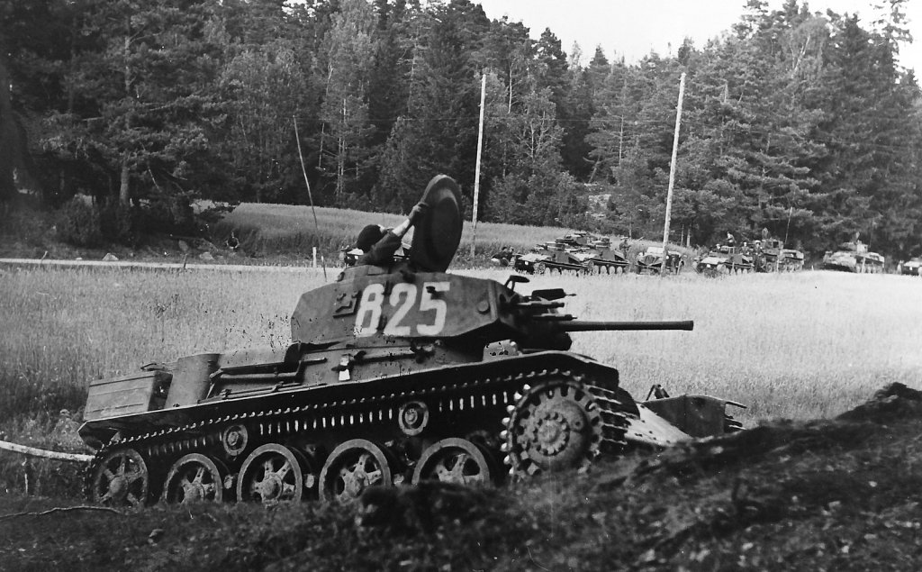 Strv m/40L ur I 10/P 3, Strängnäs, augusti 1942